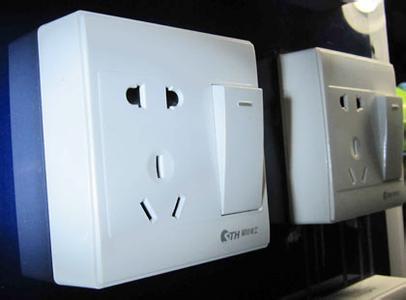 开关插座细心安装 用电安全非常重要