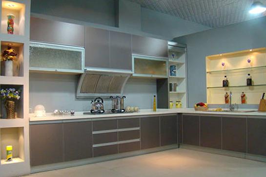 裝修攻略 選建材 廚房用具 03 正文     德國帝森櫥柜實木整體廚房