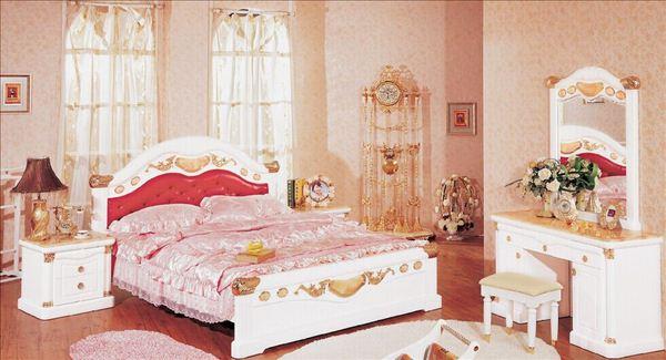 欧式婚礼房间布置效果图